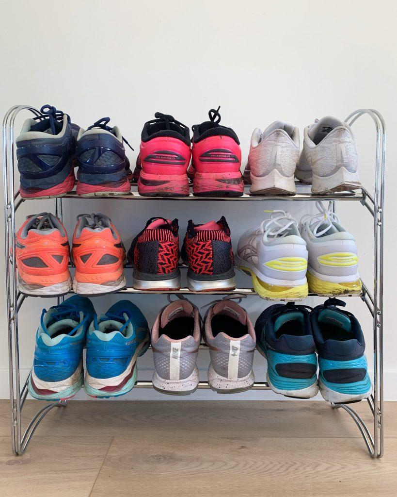 9c998739ea4 Maar comfort boven fashion bij het sporten als je 't mij vraagt. Er zijn  tegenwoordig ook zodanig veel merken, modellen en kleuren- dat er altijd  wel een ...