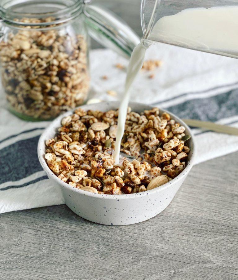 zelgemaakte gezonde cornflakes smacks