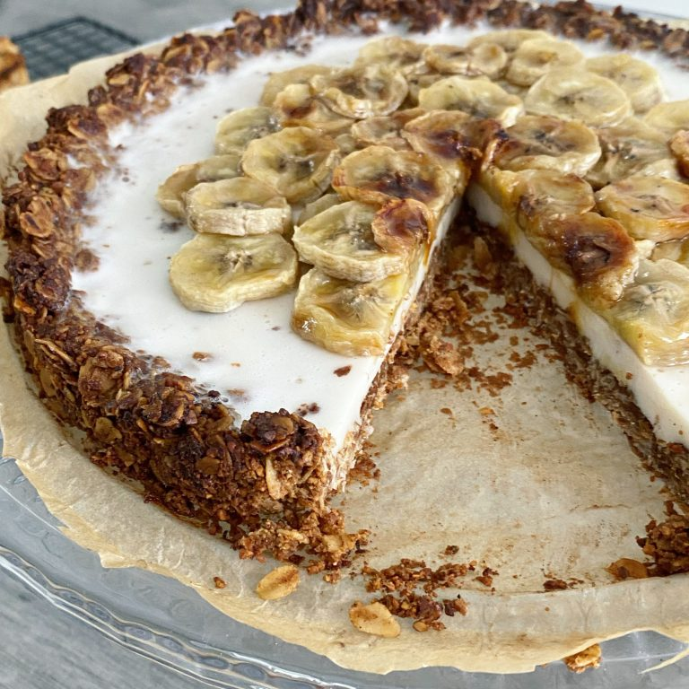 zelfgemaakte bananentaart vegan