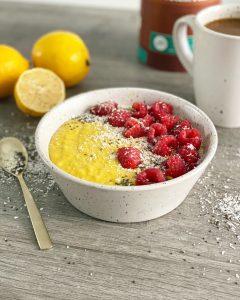 ontbijt met gierst en kurkuma